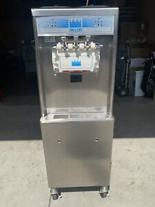 2012 Taylor 791 33 3ph Water Cooled Two Flavor Soft Serve Machine