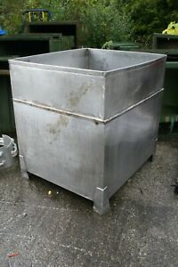 Stainless Steel Tote Tank W Drainage 40 X 47 X 48 1 4 Wall Thickness