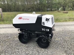 Trench Roller Compactor Vibratory Vibrator Bobcat Ir remote 265 Hours Nice