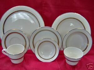 Gold Band Restaurant Upscale Dinnerware Pick up In Pa
