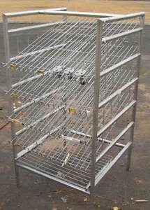 Gravity Feed Retail Display Bread pastry Rack