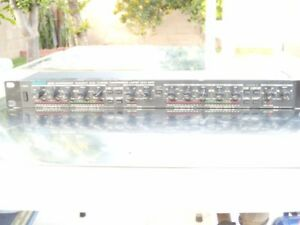 Alesis 3830 Dual Channel Compressor Limiter good Working Calibrated