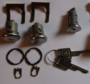 1967 1972 Chevy Gmc Truck Ignition And Door Locks With 2 Matching Gm Key S