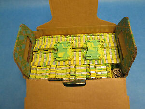 Phoenix Contact Terminal Block Ut 35 pe Lot Of 48 New Surplus