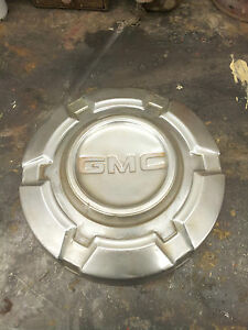 Gmc Truck Hubcap Unknown Year 40