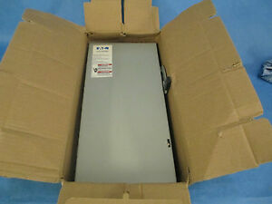 Cutler hammer Safety Switch Dg223nrb 100a 240v 3w Fusible 3r New Surplus