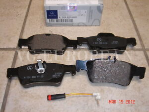 Mercedes W211 E Class Genuine Rear Brake Pad Set Pads W Sensor E320 E350 E500