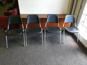 Knoll Stacking Chair Don Albinson Model 1601