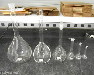 Pyrex Volumetric Flask Set 5641 5640