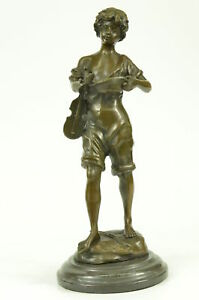 Real Hot Cast Bronze Moreau Sculpture Little Boy Violinist Hat In Hand Figurine