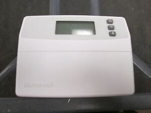 Honeywell Multistage Thermostat T8524d 1015 Color White No Screws Included