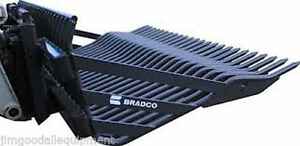 New Holland Lw50 Rock Bucket By Bradco 84 Wide 3 Spacing weighs 1800 Lbs