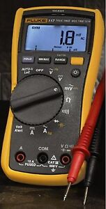 Fluke 117 Electrician s True Rms Digital Multimeter With Non contact Voltage