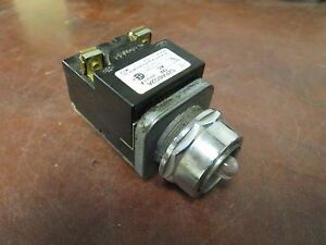 Siemens Red Push Button Light 52pa6g2a 120vac Used Missing Lens