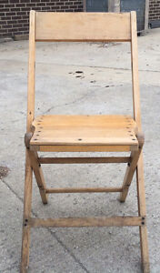 Vintage Wooden Folding Chairs Palmer Synder Lots Of 250