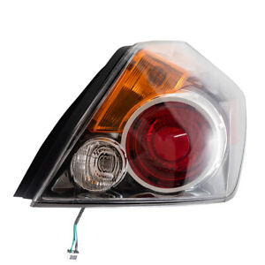 Passengers Taillight Tail Lamp Assembly For 07 12 Nissan Altima Sedan Ni2801190