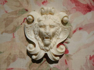 Aristocratic Lion Shield Furniture Applique Architectural Pediment Onlay