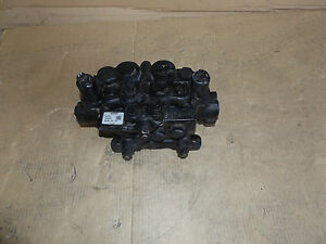 New Oem Surplus Volvo Backhoe Loader Hydraulic Valve 16202620