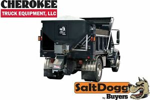 Saltdogg buyers Products Shpe4000 Bulk Salt 50 50 Salt sand Mix Spreader Black