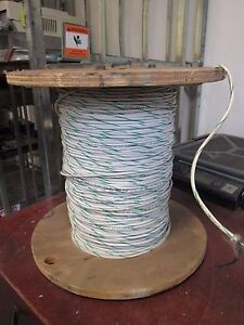 Isotec 22 4 Wire Ip224ba7 52 22 Awg 4 conductor approx 388ft New Surplus