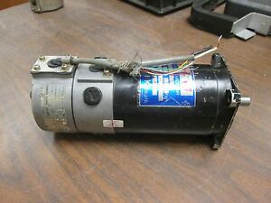 Sanyo Denki Super U Dc Servo Motor W Optical Shaft Encoder U730 012e18 Used
