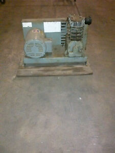 Used 1 5 hp Speedair Piston Air Compressor Base Mount