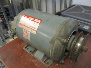 Dayton Motor 3n013h 1 5hp 1725 1425rpm 208 220 440v 4 9 4 8 2 4a 3ph Used