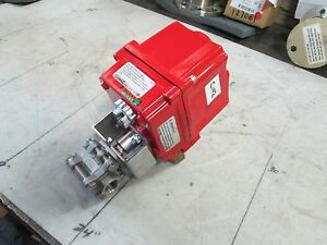 A t Controls S s Ball Valve W triac Electric Actuator 55tx050wea1rx 1 2 new
