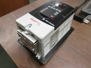 Allen bradley Powerflex 70 Ac Drive 20a D 1p1p1f 0 Aynnnnn 0 5hp 3ph Used