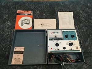 Vintage B k Cathode Ray Tube Tester Model 465