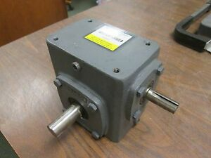 Boston Gear Reducer 718 30 g Ratio 30 1 0 65 Hp In 573 Lb in Torque Out