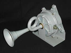 new Federal Signal Resonating Horn 56 024 4 2z Aircraft Ship Safety Fire Horn