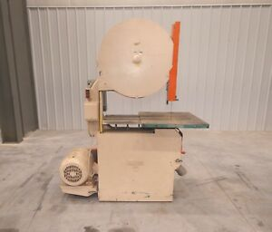 12030 Oliver 30 Vertical Bandsaw Model 112