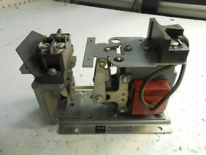 Cutler hammer Pneumatic Time Delay Relay 10377h180a