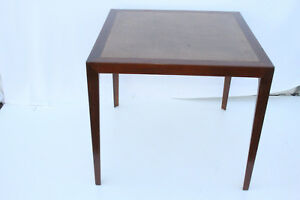 Beautiful Mid Century Modern Mahogany Leather Top Game Center Table