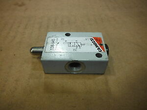 Lot Of 4 Camozzi Mechanical Valves 138 945 Used