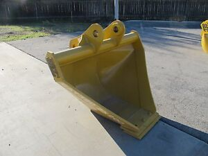 Sec Excavator Trapezoidal Bucket To Fit 20 Ton cat320 Zx200 Pc200 And More