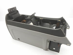 Oem Center Console Lincoln Navigator W O Lid 5l7z 78045a36 Aaa Gray