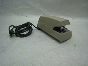 Swingline Commercial Heavy Duty Electric Stapler 20 Sheets Model No 67 Beige