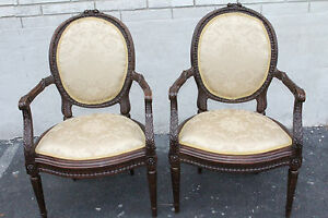 Gorgeous Pair Of French Louis Xv Walnut Heavily Carved Fauteuils Side Chairs