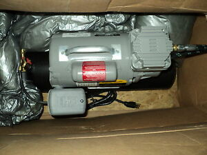 Thomas Industries 160205 Air Compressor 1 12 Hp 60 Psi 0 27 Cfm