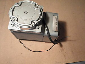 Gast Compressor Vacuum Pump Doa v191 aa For Parts Or Repair