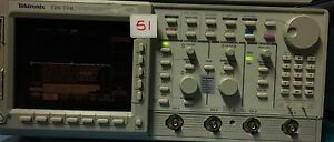 Tektronix Tds754c Color 4 Channel Oscilloscope 500mhz 2gsa s