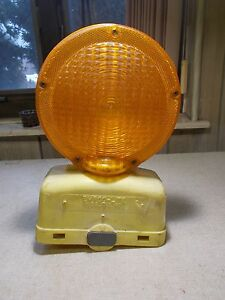 Empco Lite Model 400 Barricade Safety Construction Signal Light free Shipping