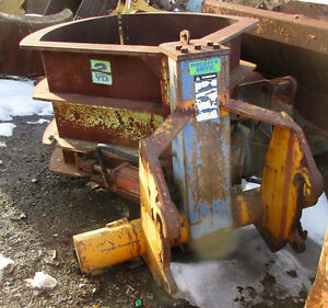 Used Mightybite Hydraulic Clamshell Loader Bucket