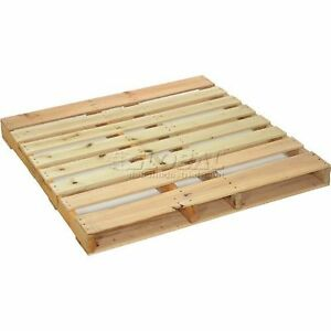 New Hard Wood Pallet 48 X 48 X 4 1 2 Package Quantity 5