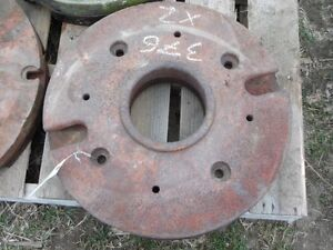 International Harvester Back Wheel Weights x2 200lbs Each Tag 376 Dk