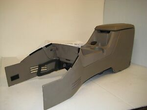 Ford Explorer 2002 Middle Console Complete Cup Holders Storage Power Supply Oem