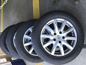 Set Of 4 Tires Rims For Porche Cayenne 2012 Original 255 55r18