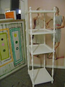Retail White Gold Square Shelving Display Stand 4 Shelf Stand Rack